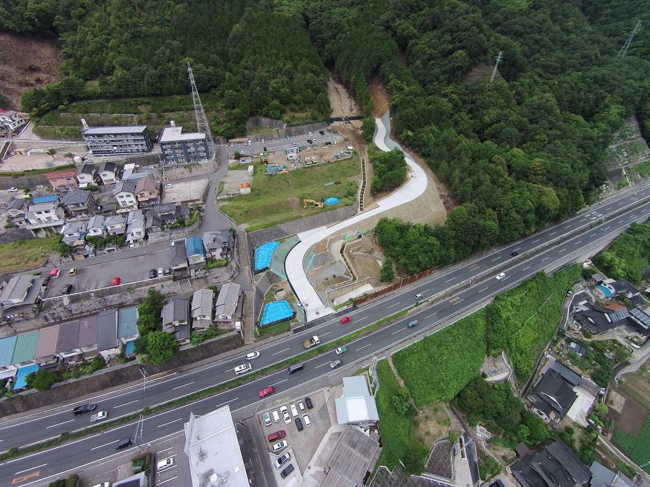 写真:広島西部山系八木地区進入路整備工事