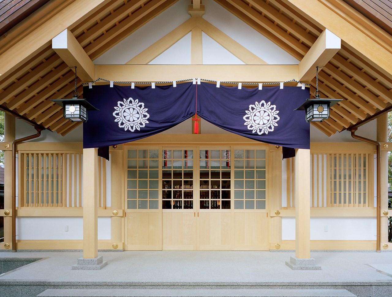 写真:安神社拝殿
