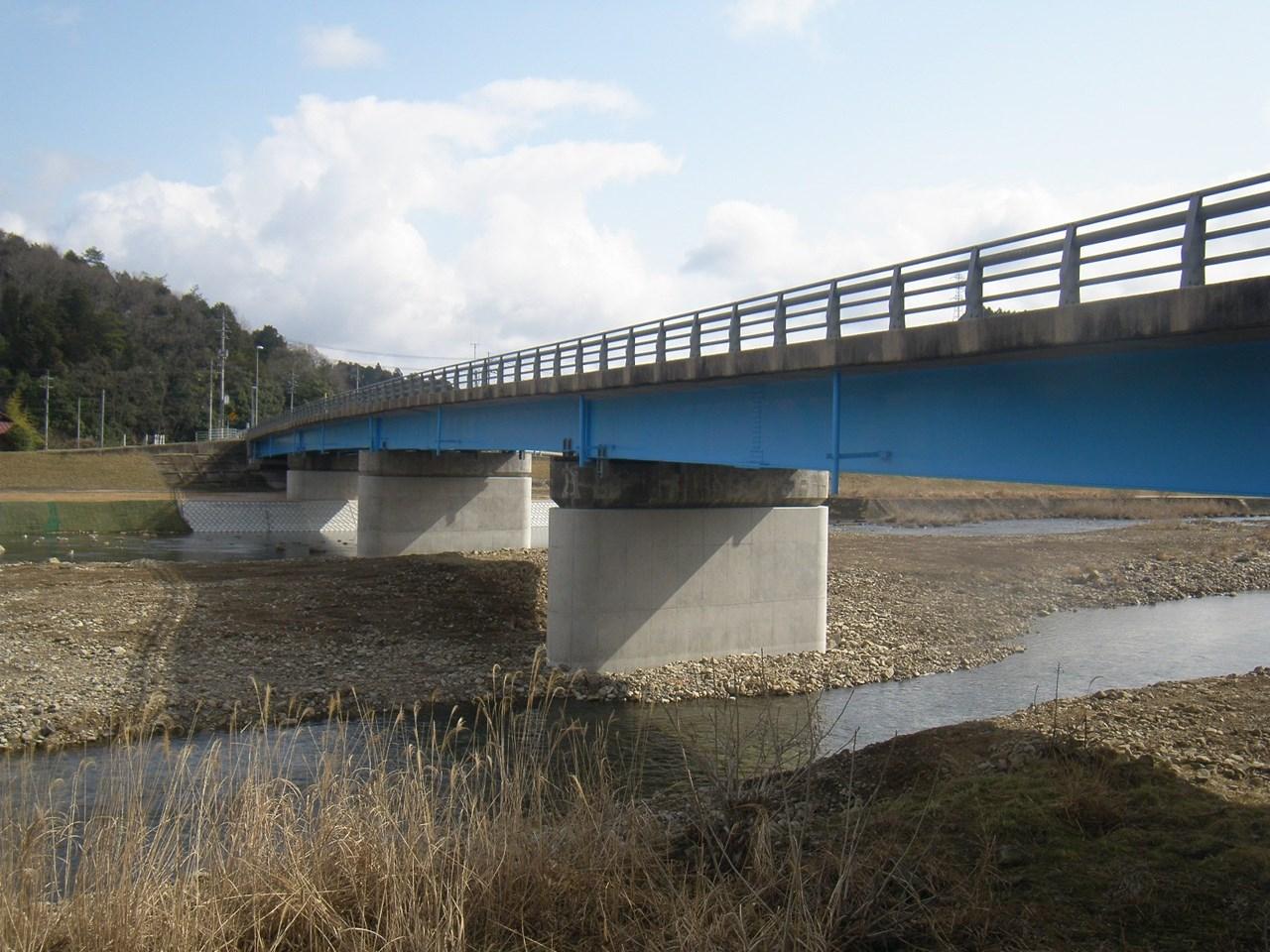 写真:国道54号新可愛川橋外耐震補強