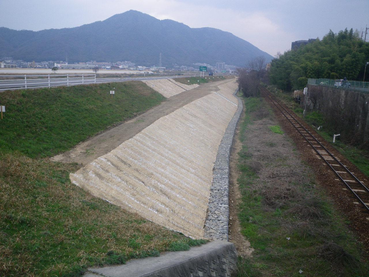 写真:太田川矢口地区外堤防強化工事