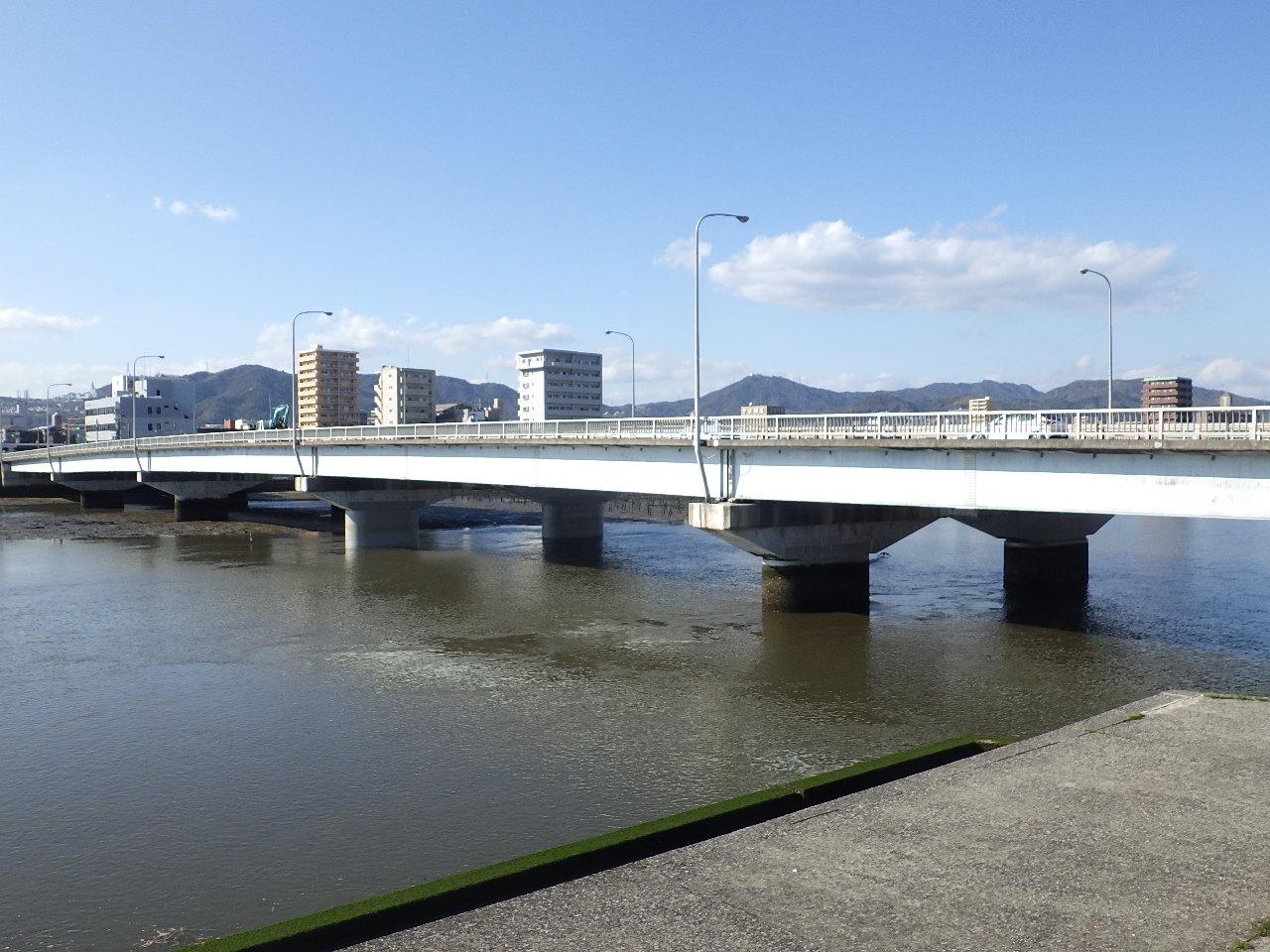 写真:昭和大橋耐震補強工事(その2)